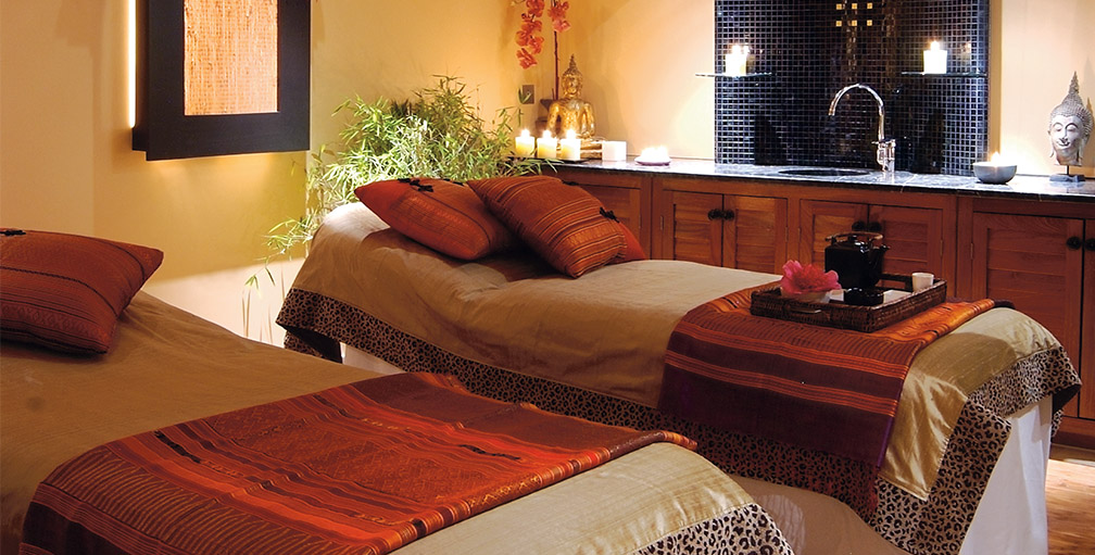 Relaxing treatment room at SenSpa