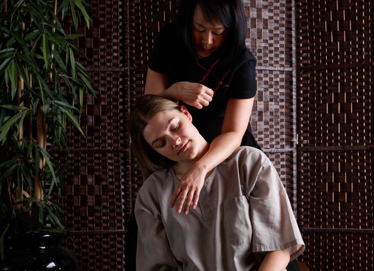 Traditional Spa Massage from Thai therapists at SenSpa