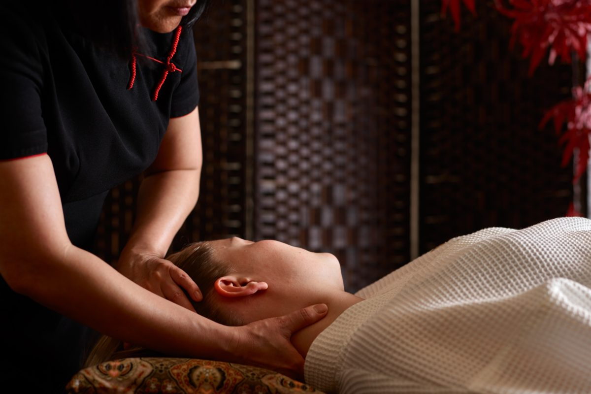 Based in Brockenhurst, SenSpa offers a mini massage to relieve tension and stress