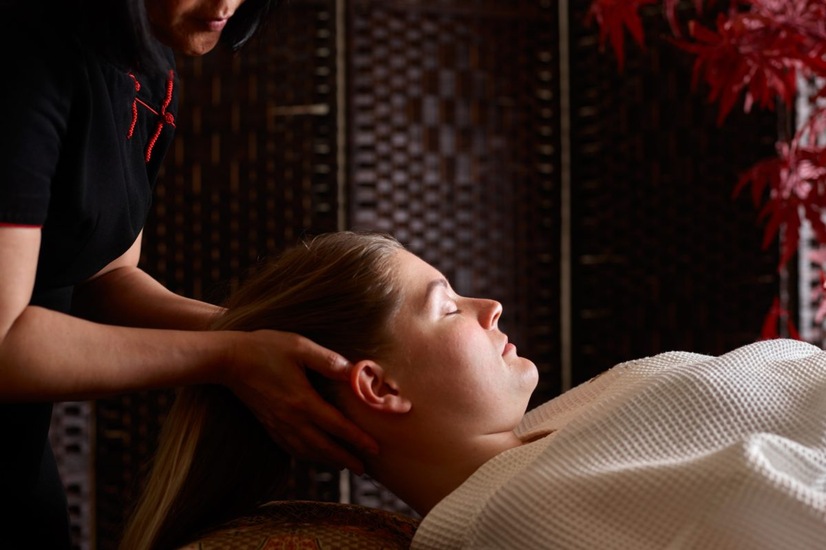 An express treatment which is a perfect treat if you suffer with tension headaches and are mentally tired.