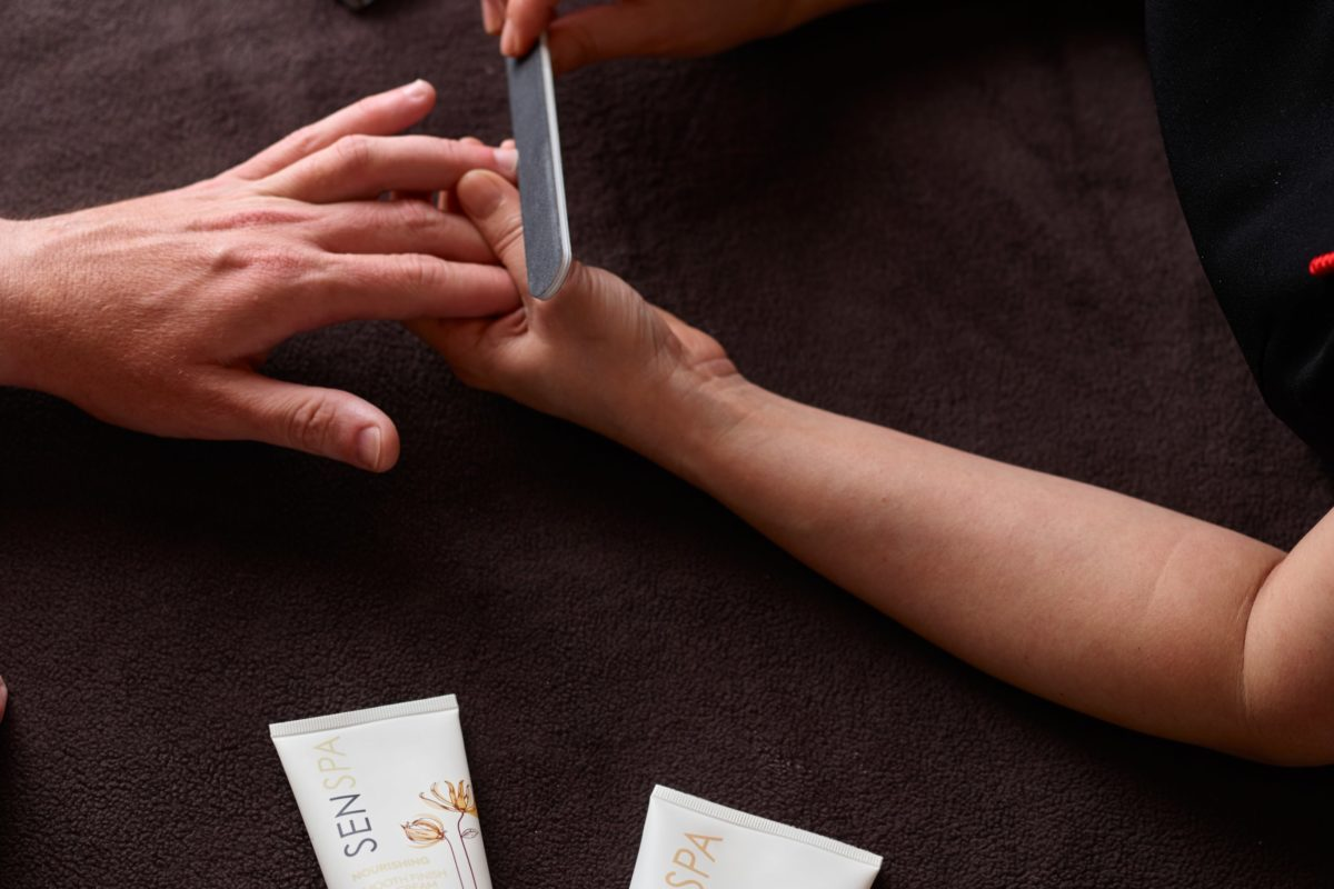 Hand Grooming for Men - This treatment has been developed specifically for men.