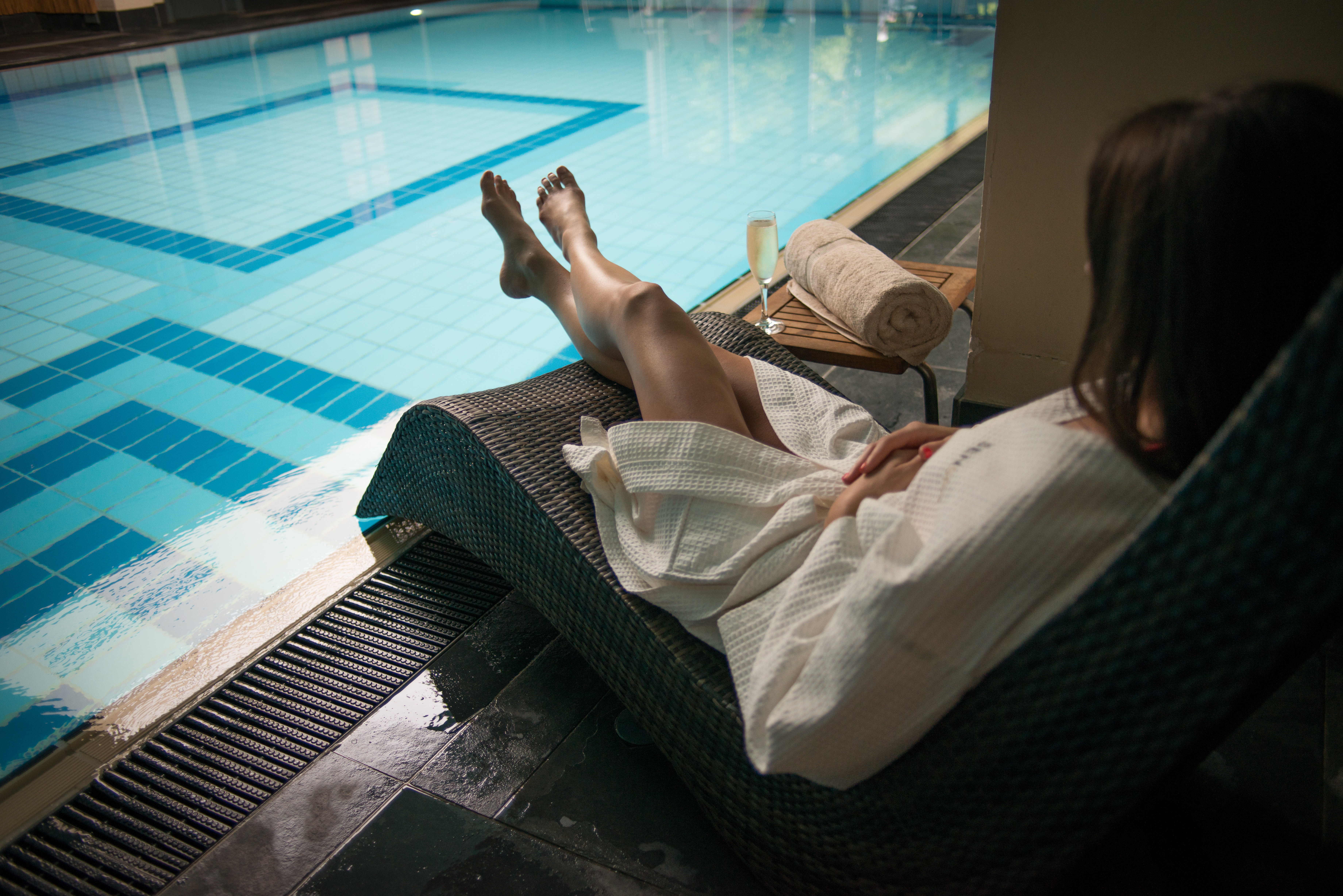 Relaxing by the pool at SenSpa with a glass of bubbles