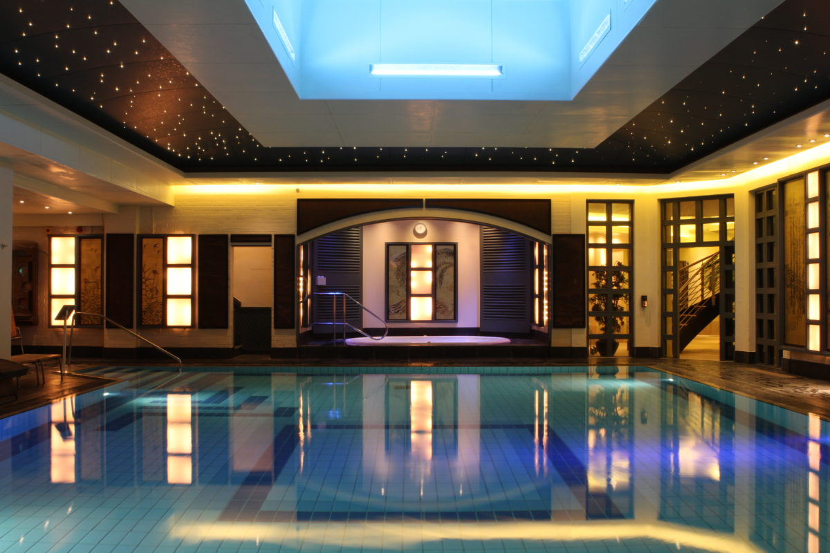 Swimming pool at SenSpa in the evening